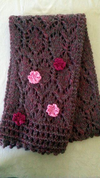Rose scarf with flowers