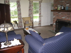 Moving_living_room_knitting_076